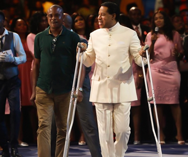 HEALING AND WORSHIP SERVICE WITH PASTOR CHRIS
